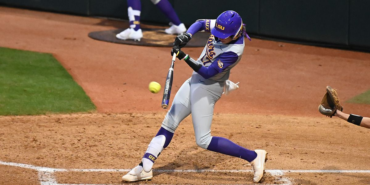 Pleasants hits two HRs as LSU softball defeats Liberty 8-4