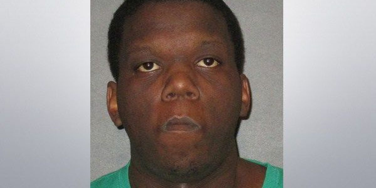 Police: Armored truck security guard steals $80,000 from truck
