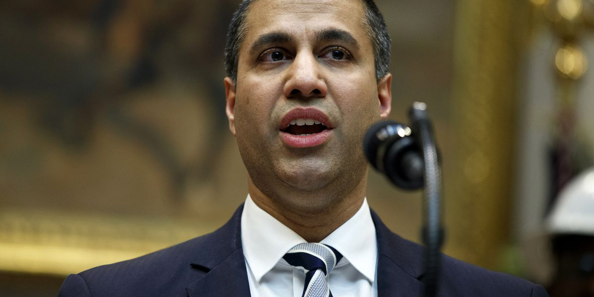 FCC chairman backs T-Mobile-Sprint deal in key endorsement