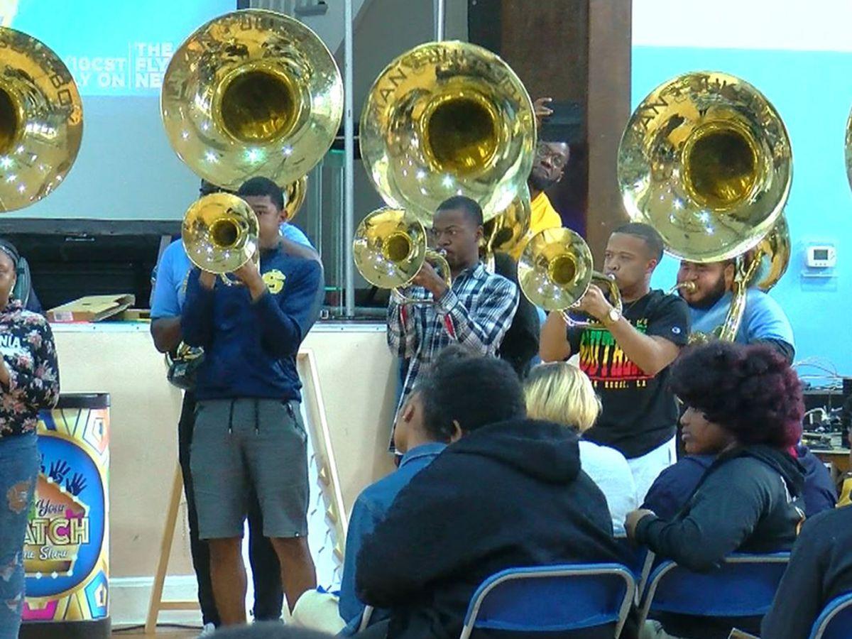 Human Jukebox band performs at LOFSA event