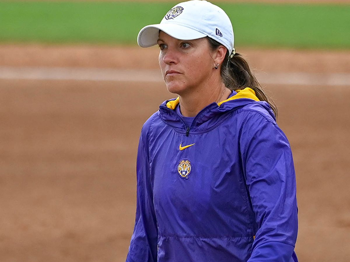 LSU softball falls to Minnesota in Game 1 of Super Regional