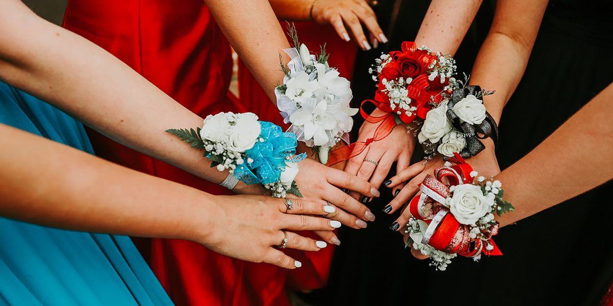 How to keep prom costs down
