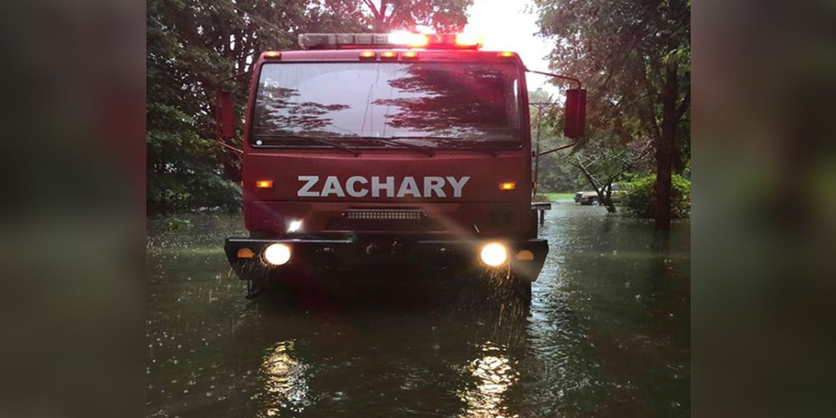 Citizens evacuated from Zachary neighborhood due to high water