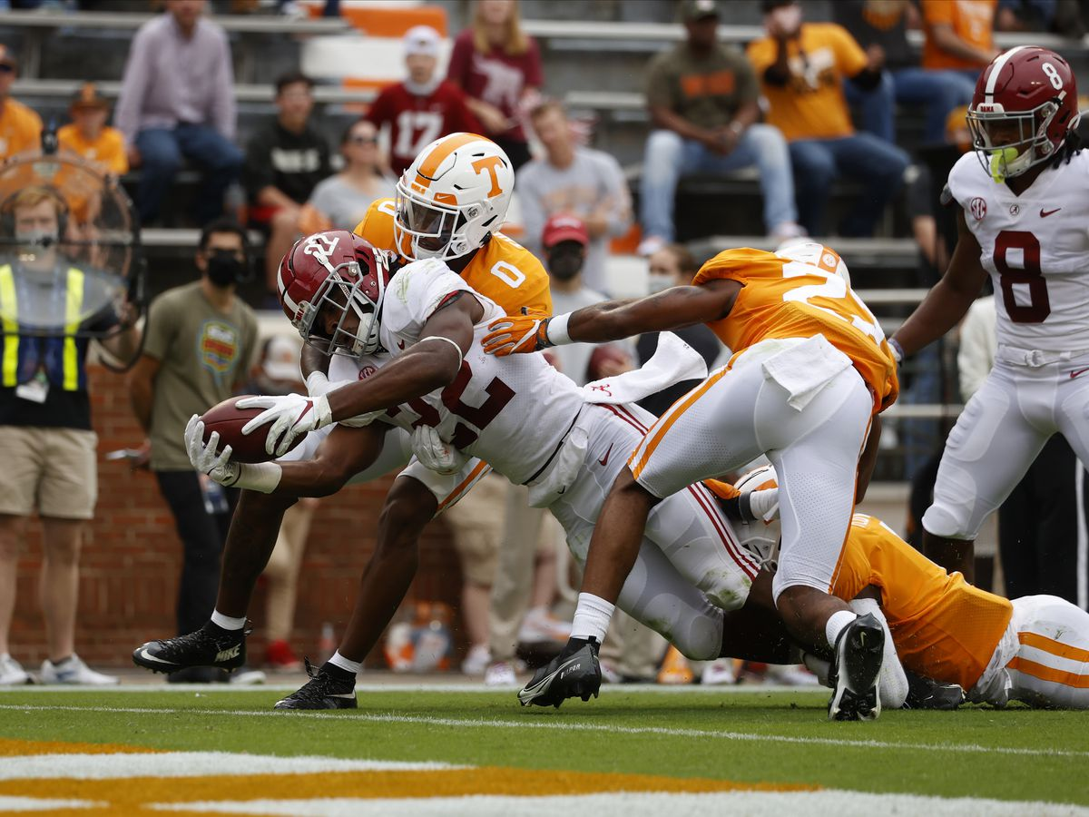 Alabama's 48-17 win over Tennessee costs the Tide one of it's star receivers