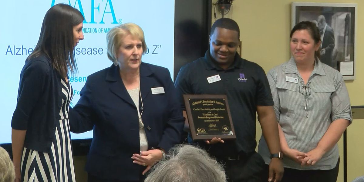 Baton Rouge Alzheimer's services center receives big award
