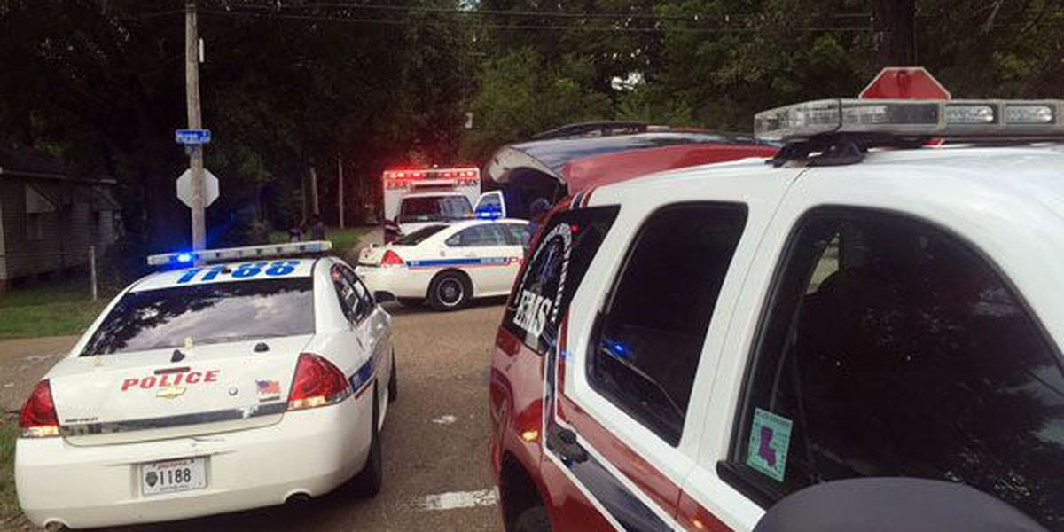 1 taken to hospital after shooting in north Baton Rouge
