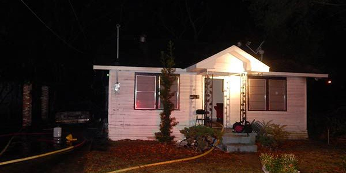 Investigators search for arsonist who set fire to home with 5 people inside