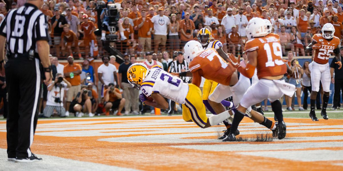 LSU holds off Texas in 45-38 shootout