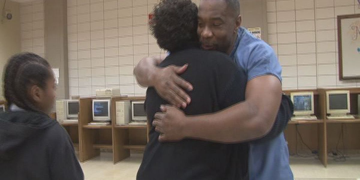 EBR Parish inmates visit with their children for the holidays