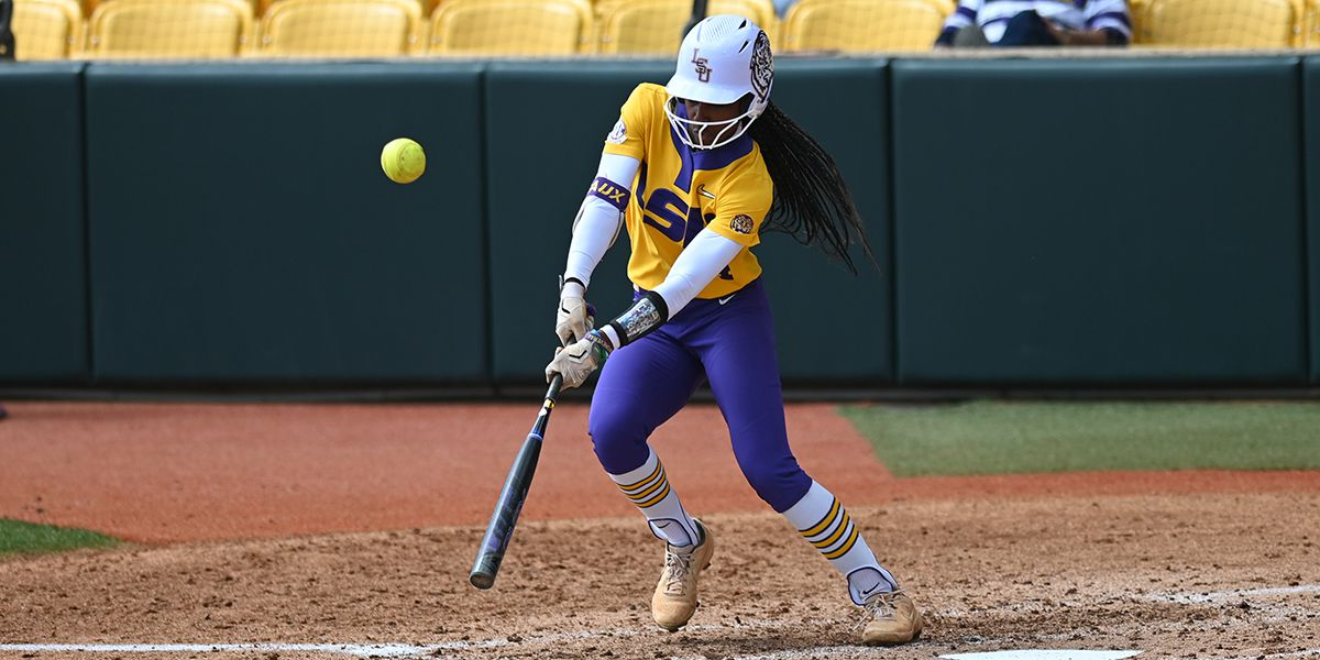 LSU softball remains in Top 10 of National polls after going 2-1 over the weekend
