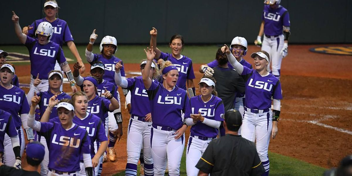 LSU offense unstoppable in run-rule win over Arkansas