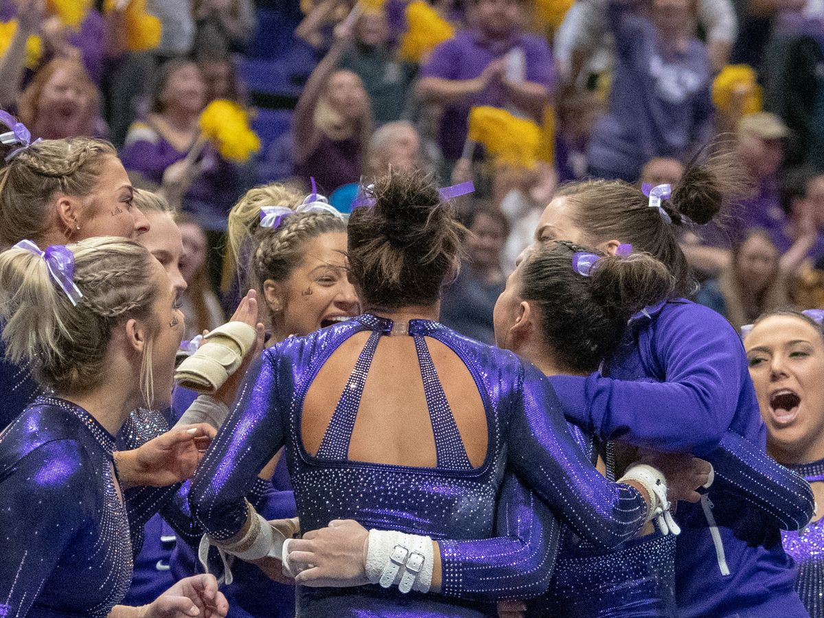 No. 5 LSU gymnastics surpasses 197 again in win over No. 21 Arkansas