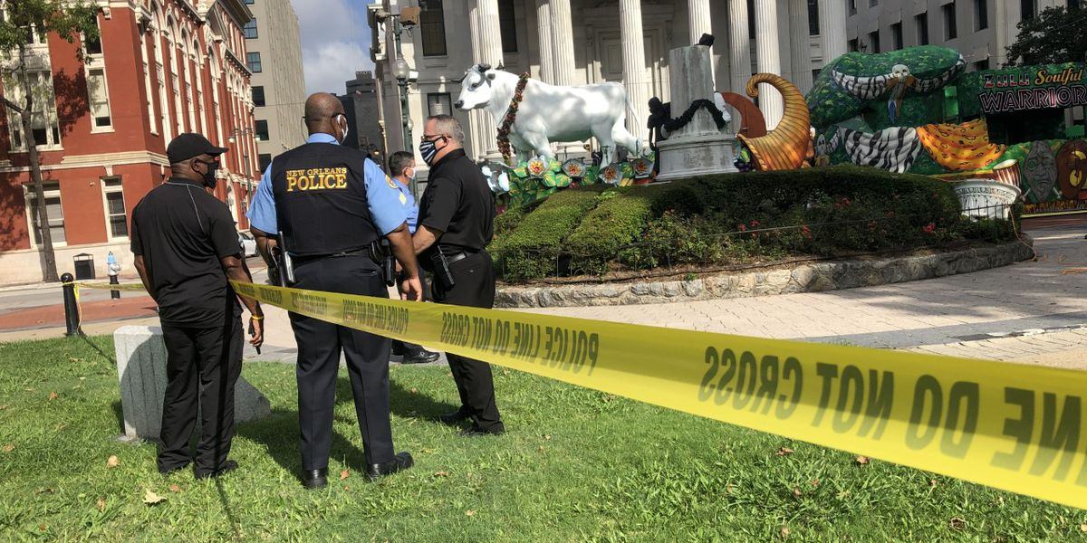 4 statues with confederate connections vandalized in New Orleans