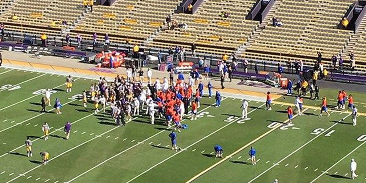 Fight breaks out between LSU and Florida players during warmups