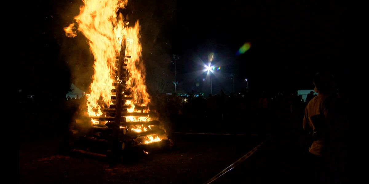 SHOWCASING LOUISIANA: Christmas Eve bonfires in the River Parishes