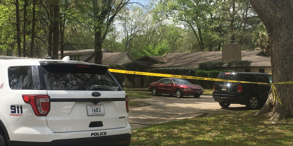 Woman accused of killing husband at home on Castle Kirk Dr.