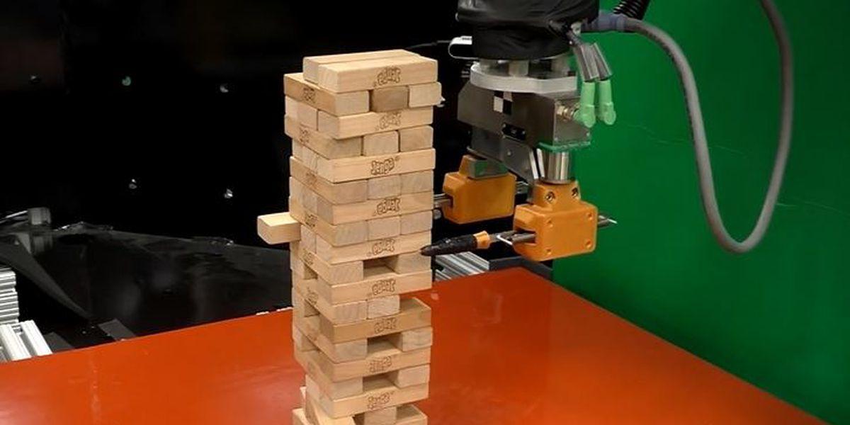 MIT robot gets winning feeling for Jenga