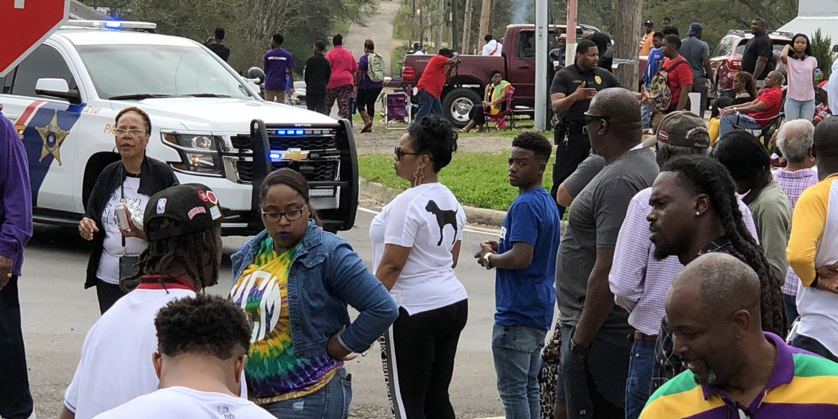 14th annual Feliciana Family and Friends parade rolls through Clinton