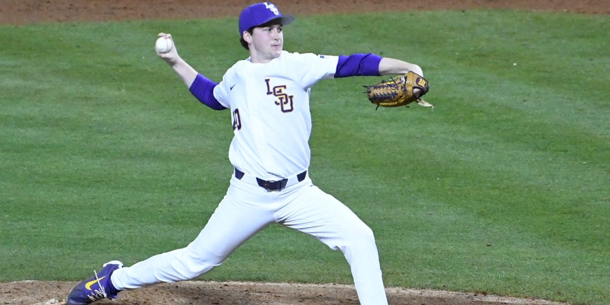 LSU's Walker to make first start in nearly 2 years against Southern