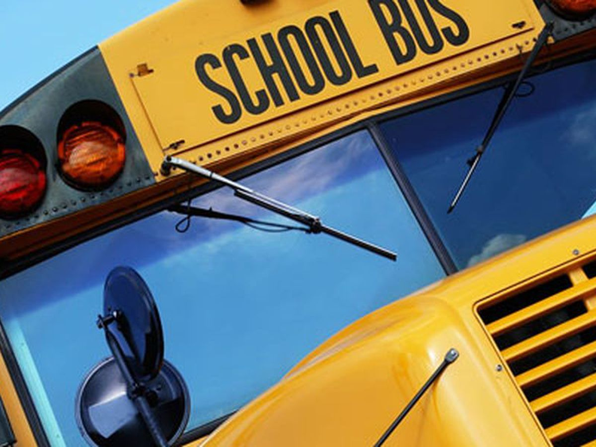 EBR School Board discusses attendance zones, reassigning students