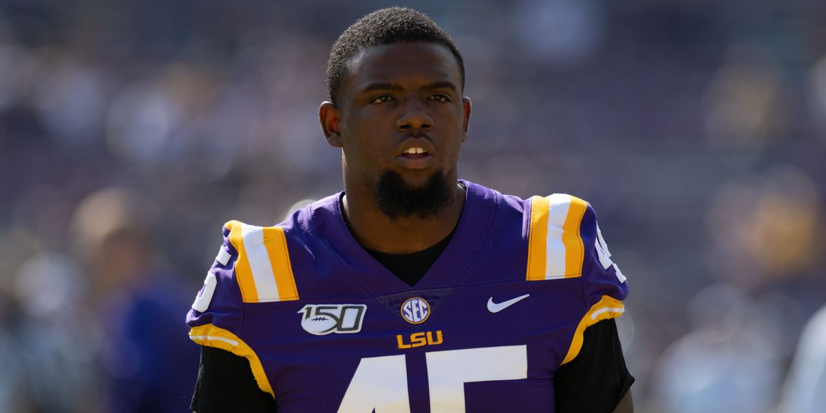 LSU LB Michael Divinity leaves team to 'focus on personal matter'