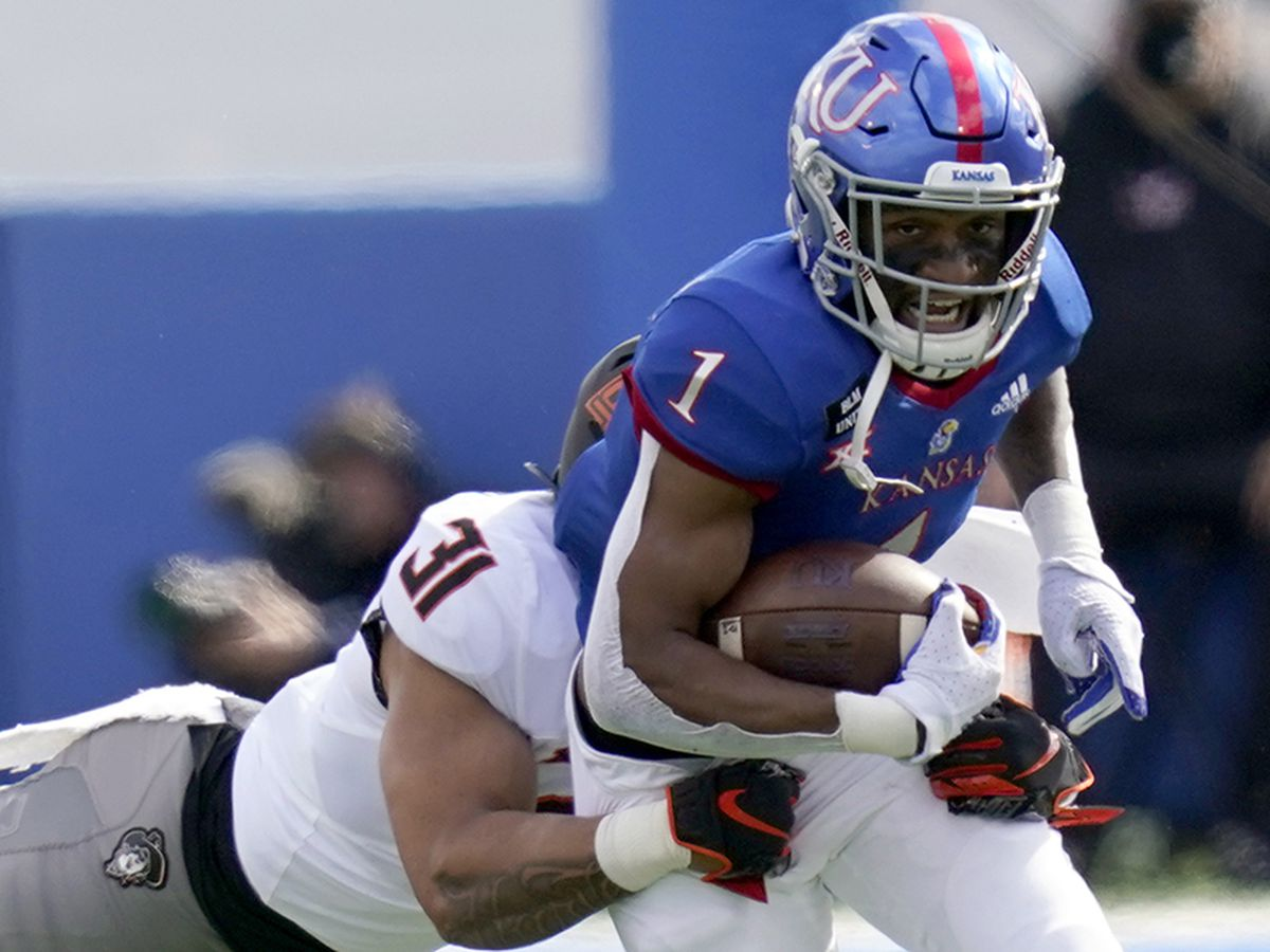 Kansas RB Pooka Williams, a New Orleans native, opts out of season due to mother's health