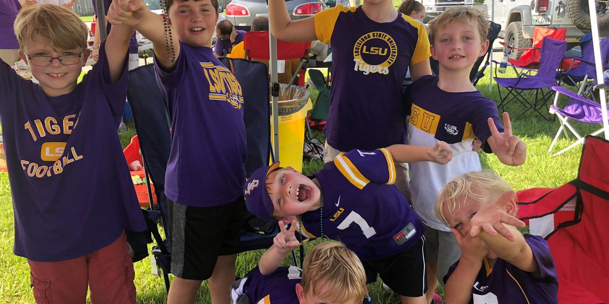 LSU students, fans cover campus to enjoy season's home opener