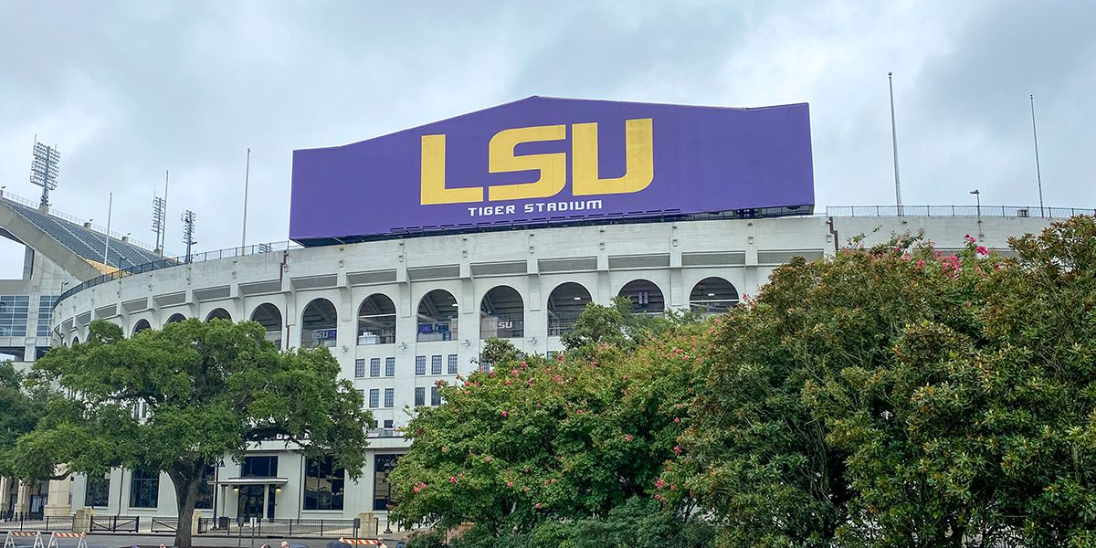 LSU formally introduces new defensive coaches