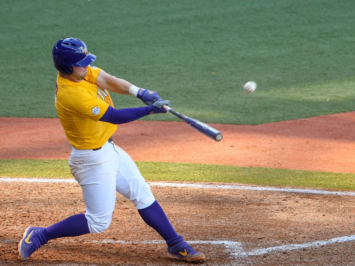 No. 1 LSU baseball cruises to 17-5 win over Air Force