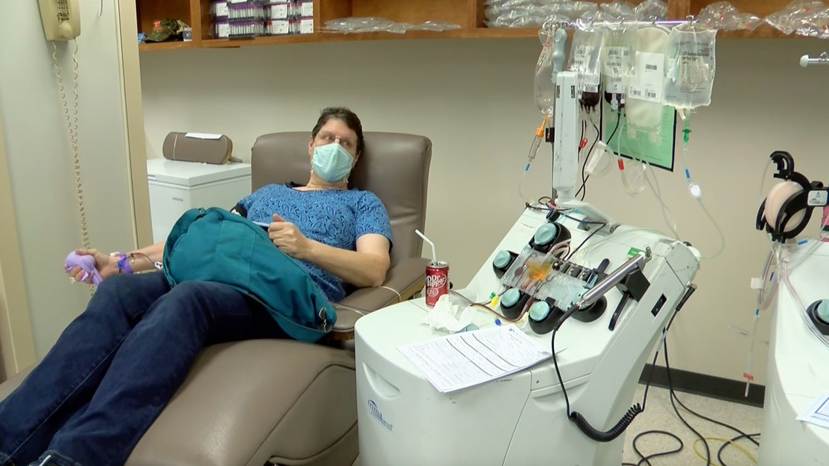 Longtime blood donor encourages Baton Rouge community to get back in the donation chairs again