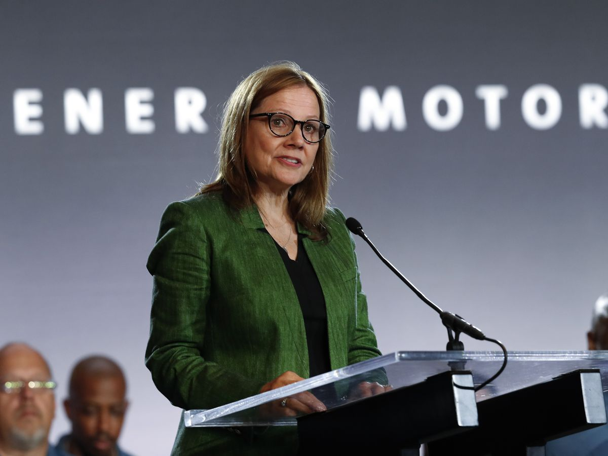 GM flips to California's side in pollution fight with Trump