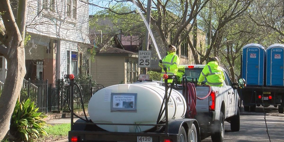 Crews clean up Spanish Town parade route