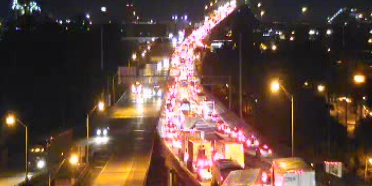 Fiery crash shuts down part of LA 1, backups affecting I-10