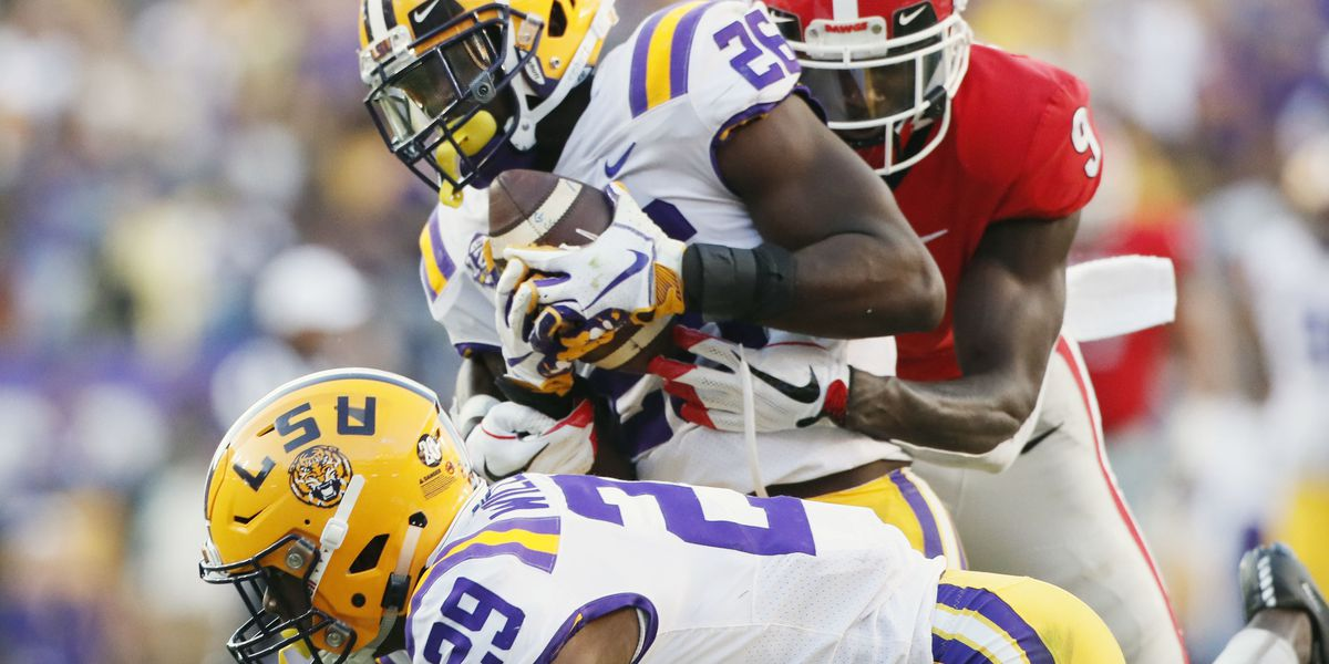 AP College Football Poll: LSU back to No. 5; Michigan to 6th