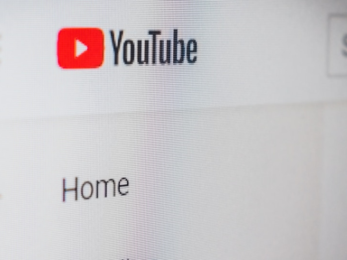 Youtube offering free week of streaming following global outage