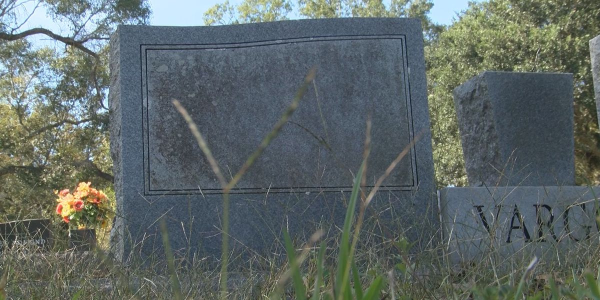 Action Jackson helps elderly couple resolve issue with headstone