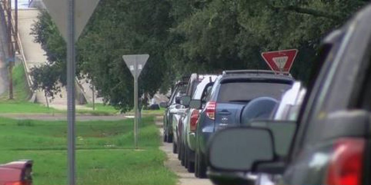 City of New Orleans to allow parking on sidewalk, neutral ground in advance of heavy rain