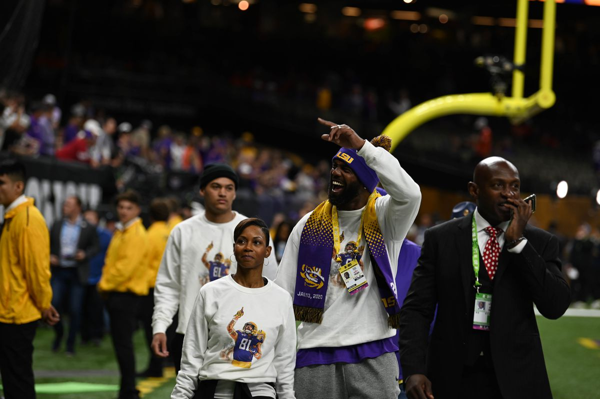 Celebs, former LSU players react to historic football ...