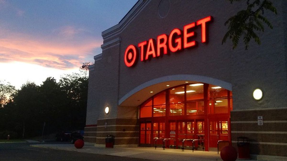 Nationwide outage causes long checkout lines at Target