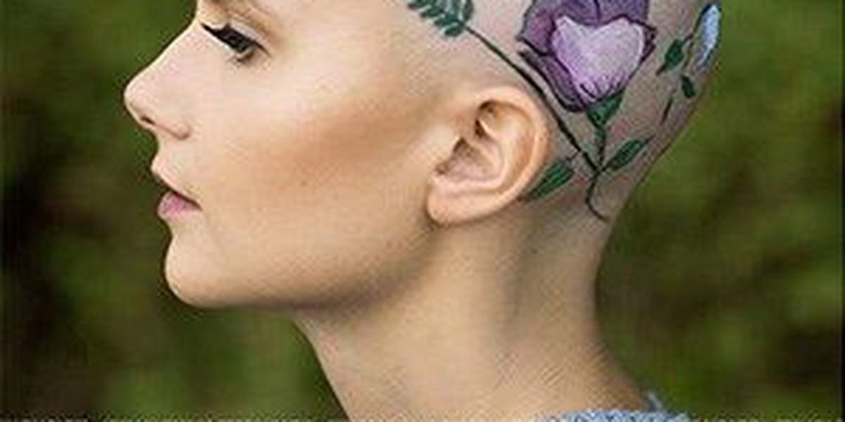 Teen with alopecia paints bald head for photo shoot gone viral