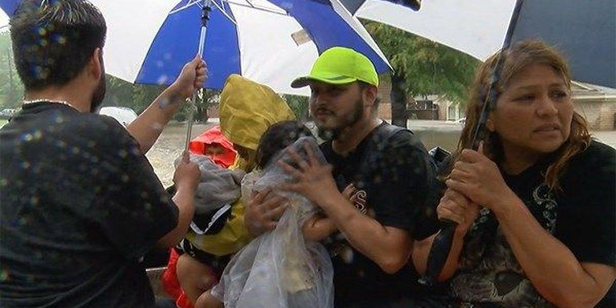 Louisiana opens Alexandria mega shelter for Texas Harvey survivors