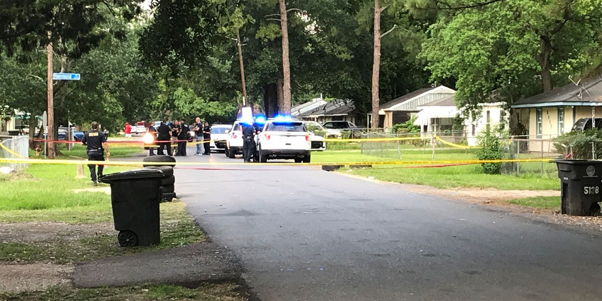 Police respond to shooting on Hammond St. that sent 1 victim to hospital