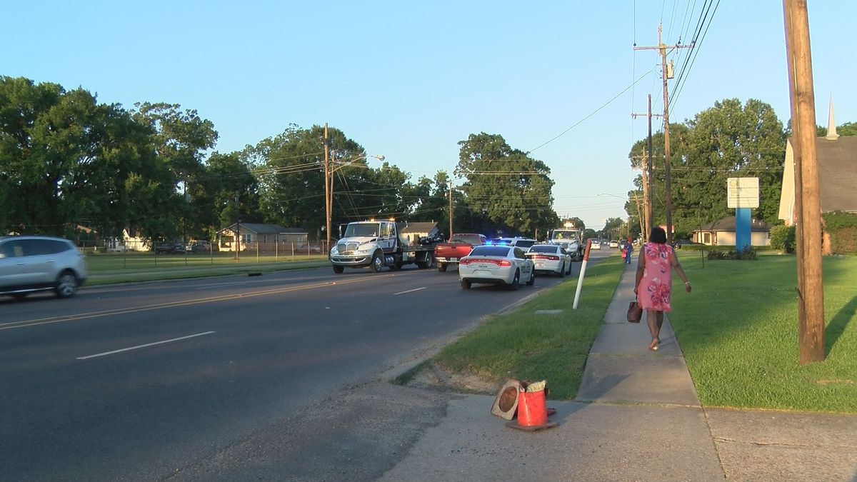 1 seriously injured in motorcycle wreck on Winbourne