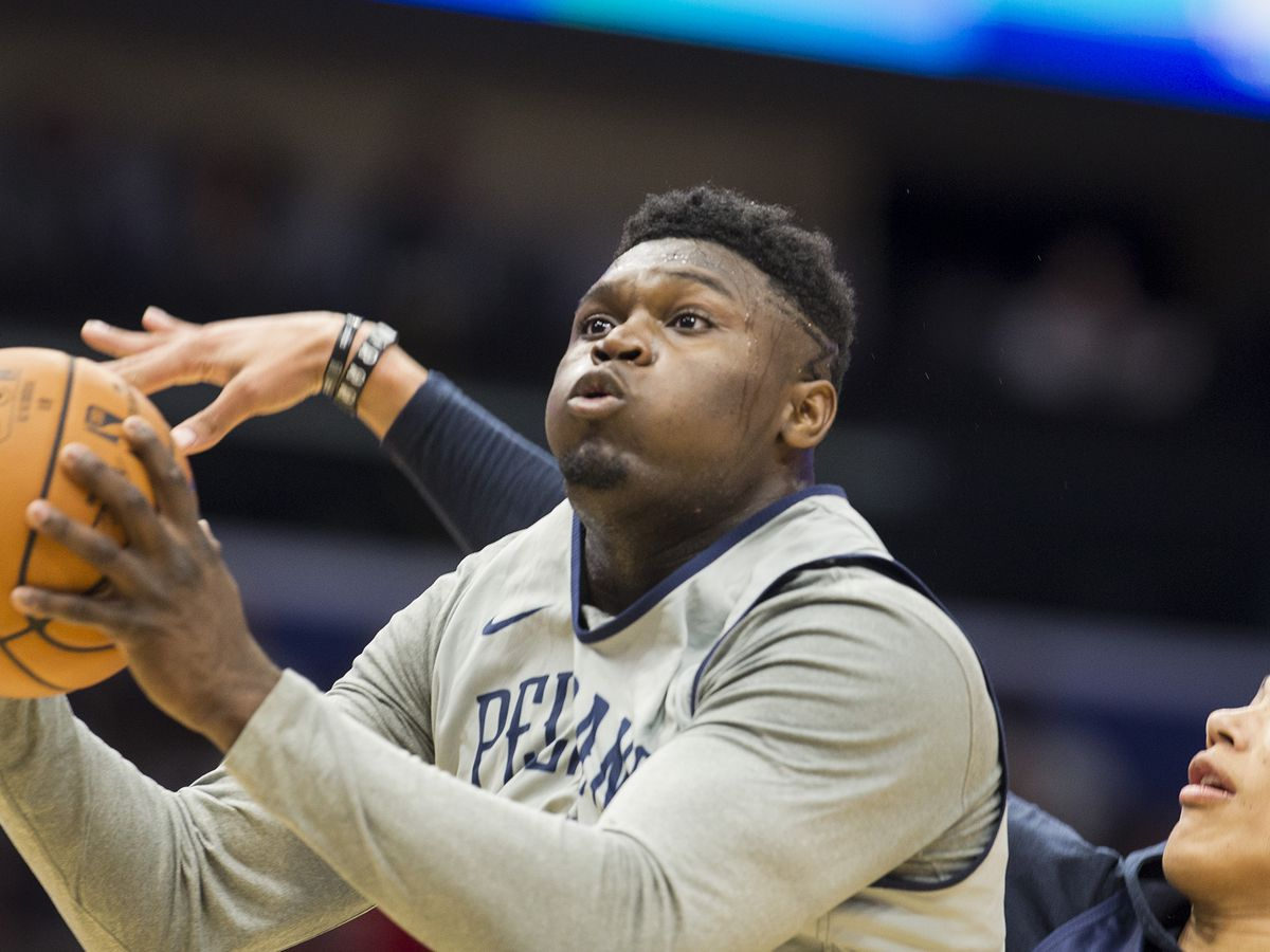 VIDEO: Zion dunks Pelicans past Hawks