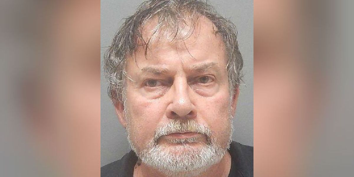 Louisiana man accused of hitting officer with vehicle after refusing to wear mask at Walmart