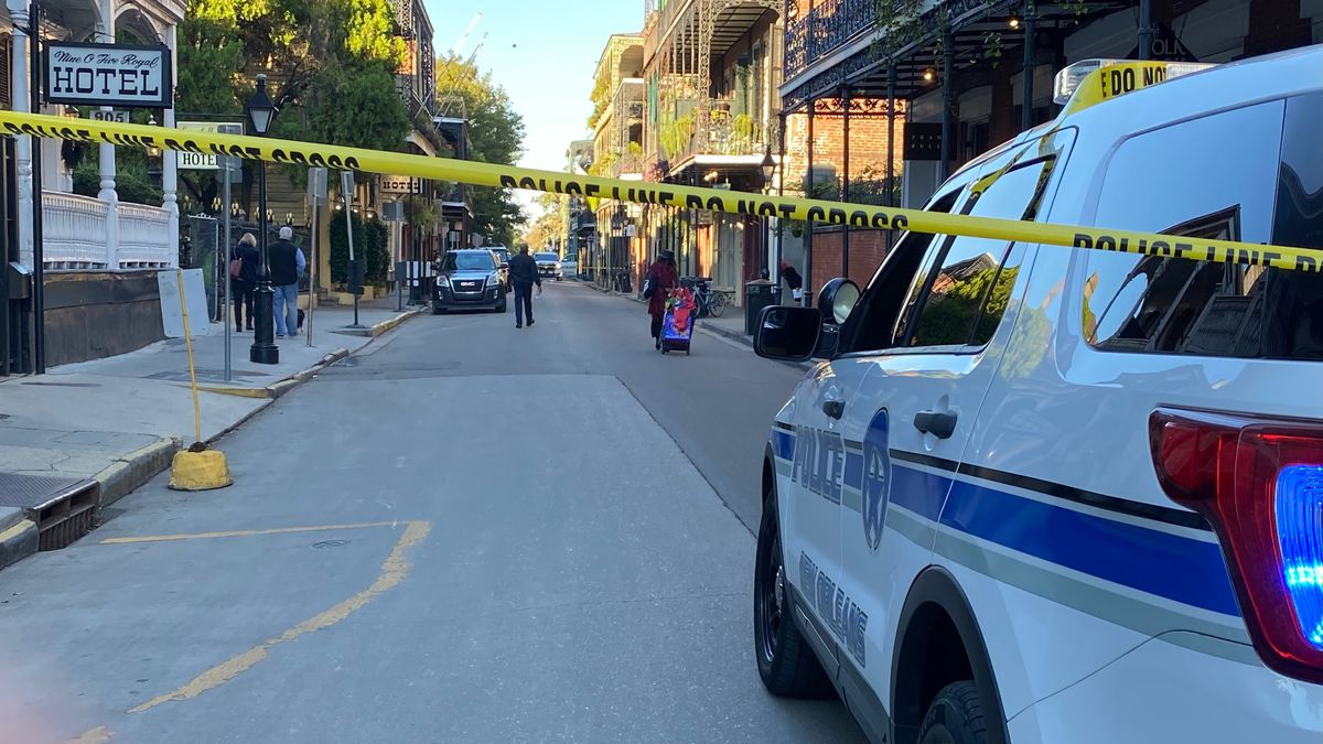 Two NOPD officers ambushed, shot in French Quarter; suspect apprehended
