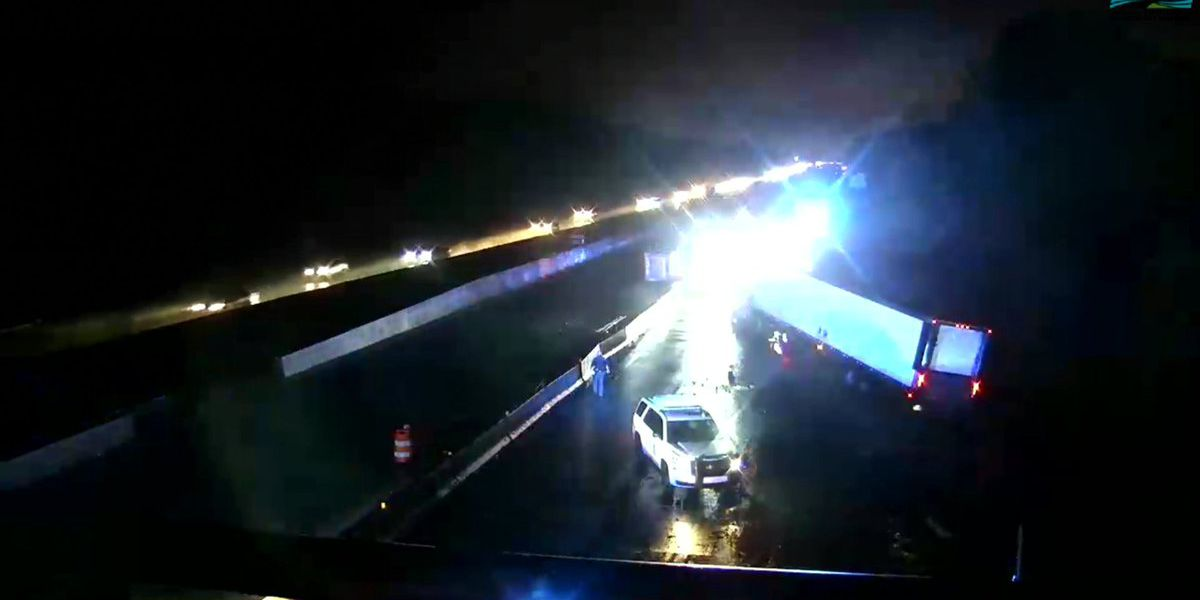 I-10 W reopened following jackknifed 18-wheeler